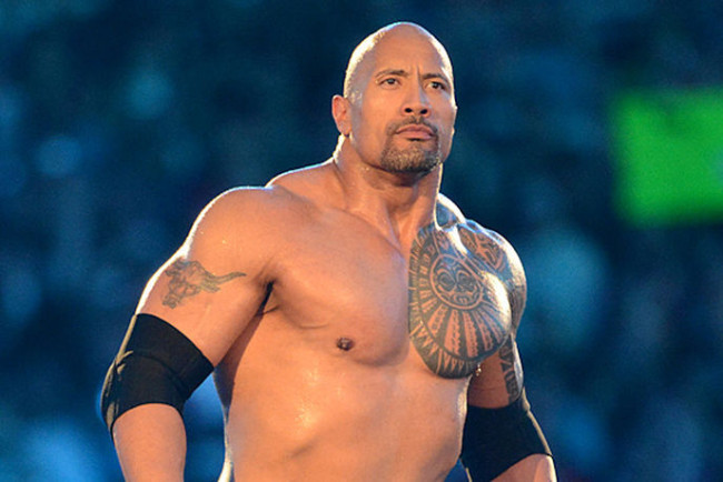 Quanto pesa Dwayne Johnson (The Rock)?