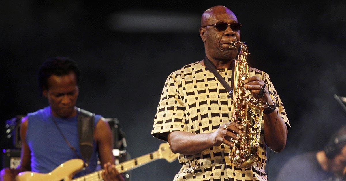 Manu Dibango, cantor e saxofonista camaronês, morreu