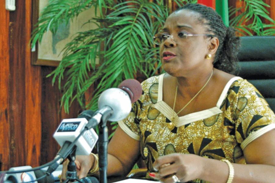 Ministra da Educação exorta colaboração dos encarregados de educação
