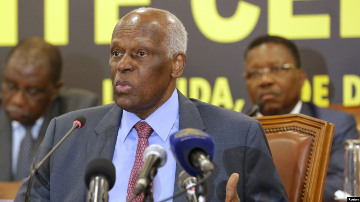 João Lourenço duplica subsídios de antigos presidentes de Angola
