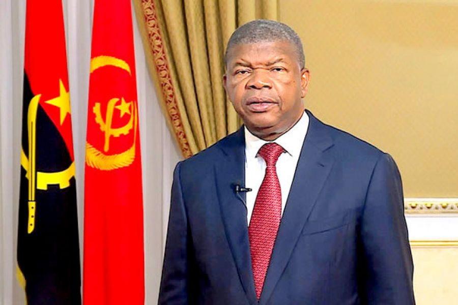 João Lourenço substitui chefe da diplomacia