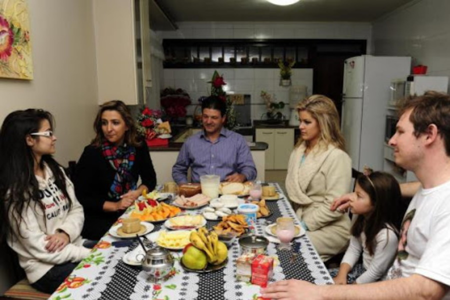 Sete dicas para tornar reuniões familiares benéficas e agradáveis!