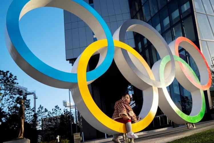 Tóquio 2020: Chama olímpica chega ao Japão