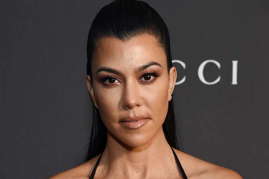 Kourtney Kardashian confessa que faz terapia contra a ansiedade