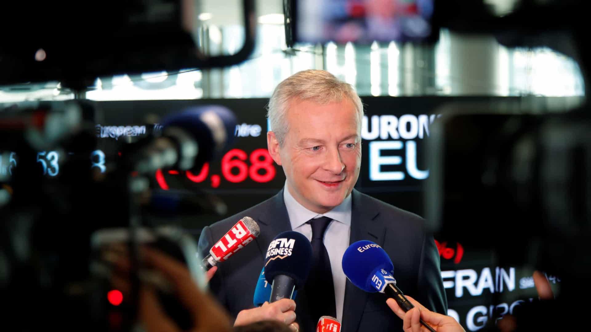 Ministro francês critica restrições de Trump a viagens de europeus
