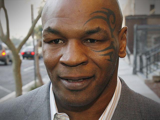 Mike Tyson em forma aos 53 anos e admite voltar a combater