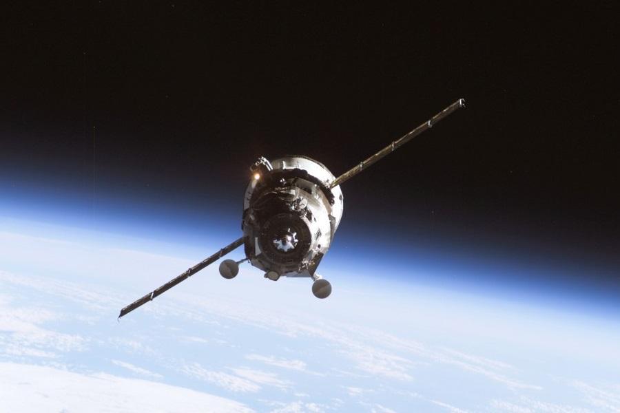 Nave russa não tripulada chega à Estação Espacial Internacional
