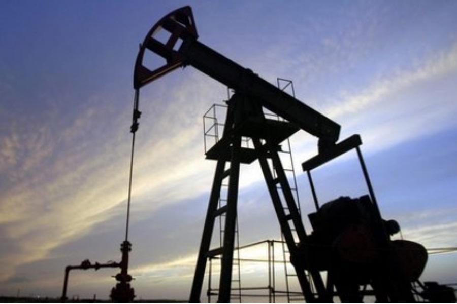 Petróleo dos EUA baixa 20%