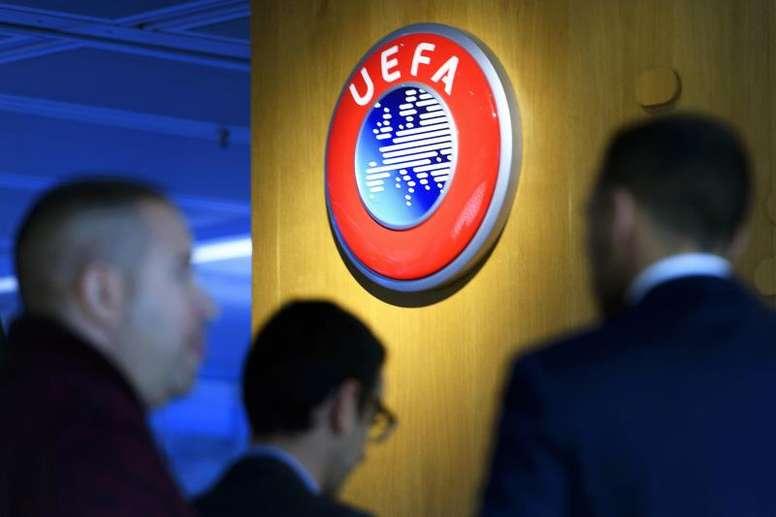 OFICIAL: UEFA adia todas competições por tempo indeterminado