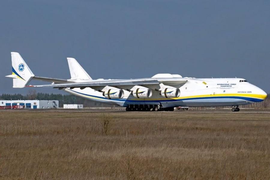 Maior avião do mundo volta à voar