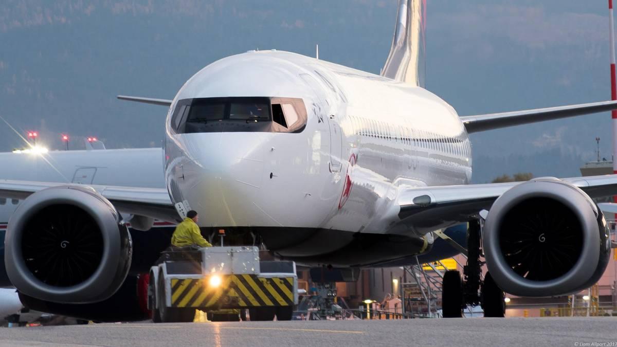 Por que razão quase todos aviões são brancos?