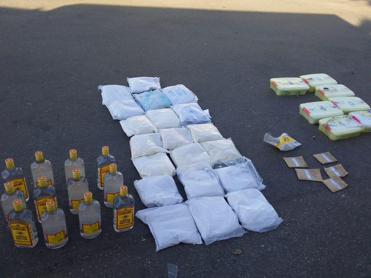 RSA: apreendidos 28Kg de droga na posse de moçambicanos
