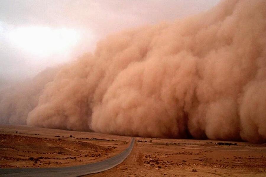 Terrível tempestade de areia colossal atinge o Níger