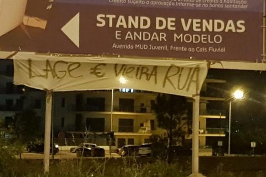 Benfica triste, adeptos pedem a saída de Lage e Vieira