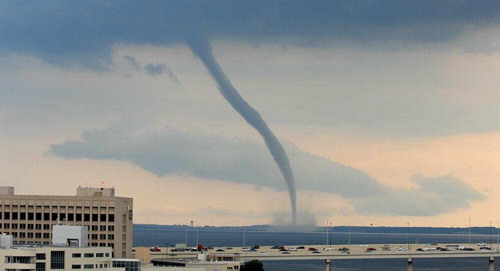 VÍDEO incrível mostra violência de 3 grandes tornados simultâneos nos Países Baixos