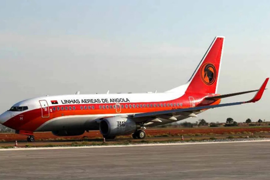 Angola reduz número de voos