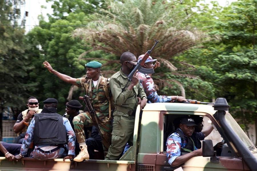 Mali: Libertos 12 civis e militares detidos no golpe de Estado