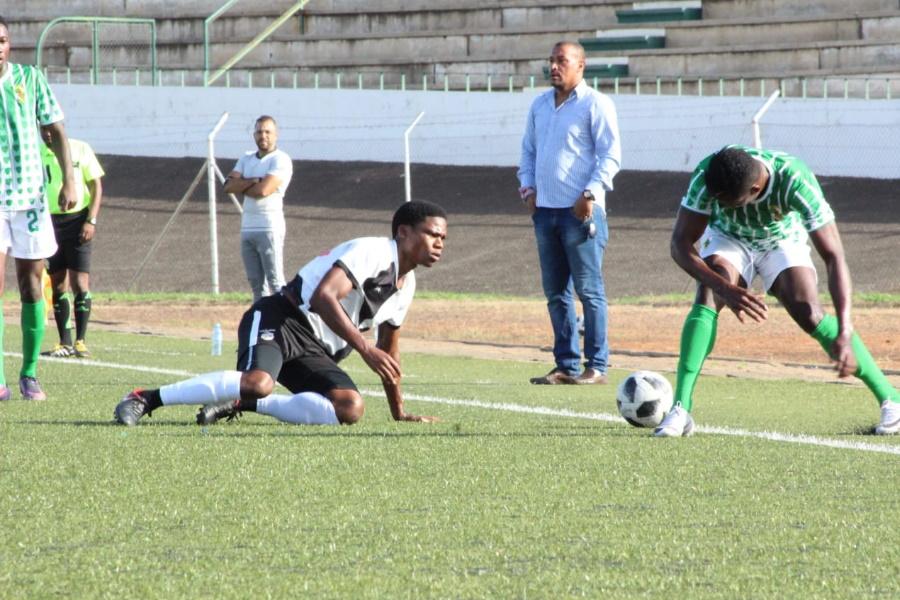 Incomáti e Desportivo de Maputo chumbam no licenciamento