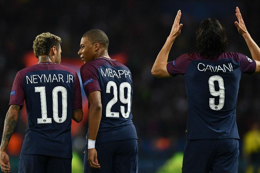 Mbappé escala selecção histórica do PSG sem Cavani e Neymar
