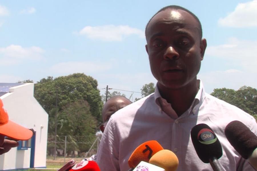 Ministro das Obras Públicas fala da polémica dos valores de reabilitação de sanitários