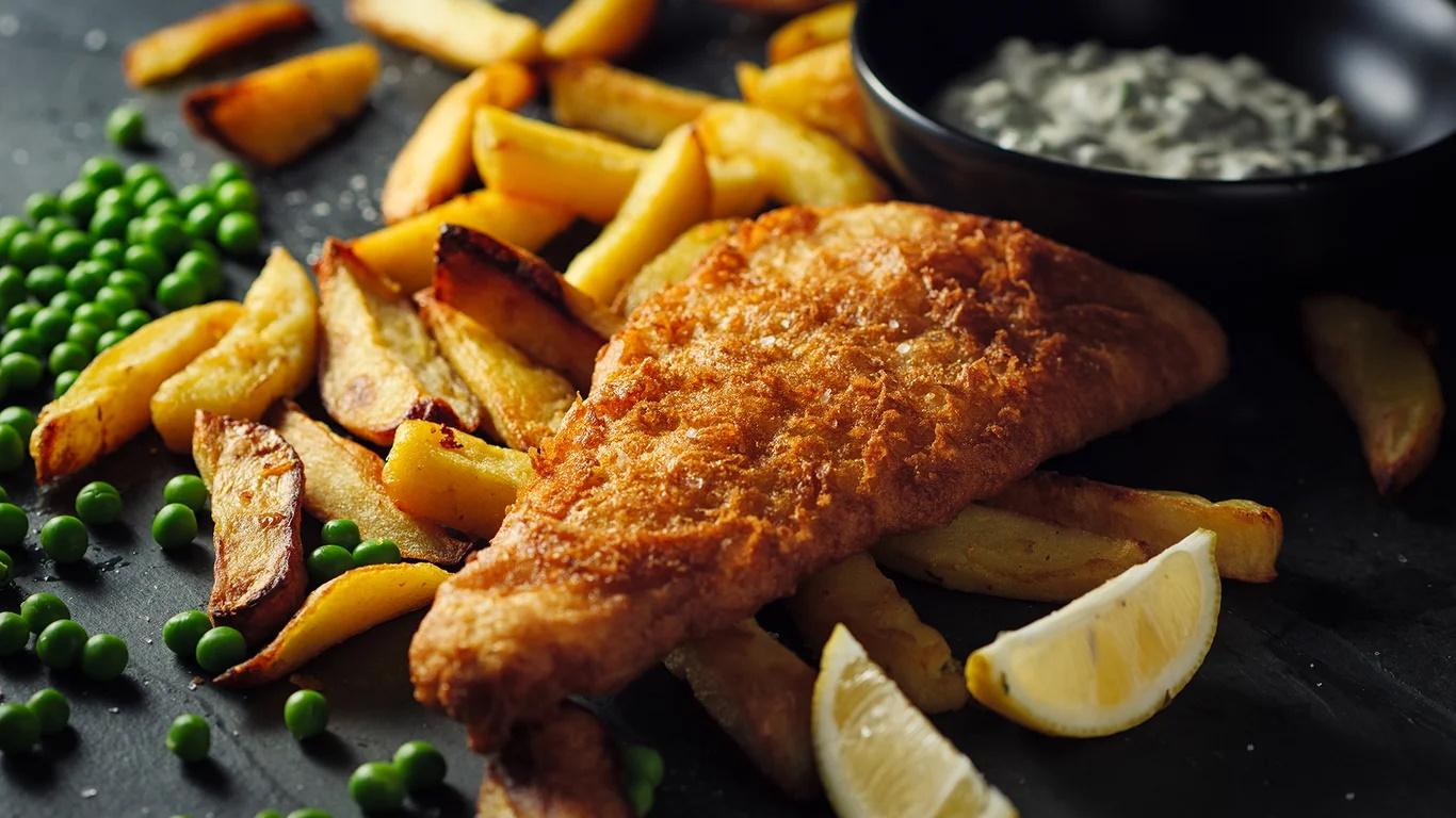 A melhor receita de peixe com batatas fritas que você  pode fazer em casa