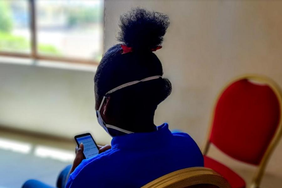 Redes Sociais: Veículo de assédio sexual contra raparigas em Inhambane