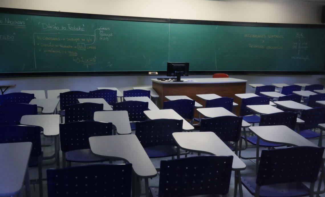 Escolas privadas garantem ter condições para aulas presenciais