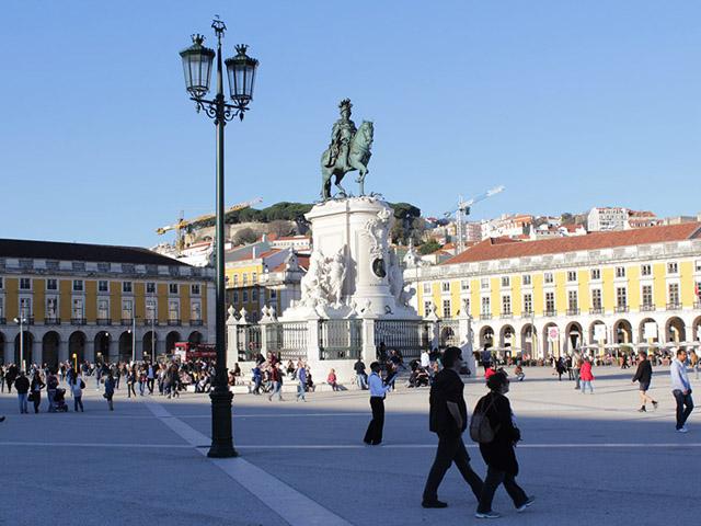Migrantes mais ativos no mercado de trabalho em Portugal