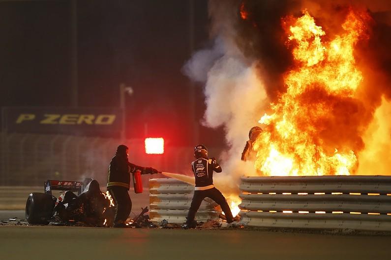 Grosjean escapa a acidente impressionante no GP do Bahrein (veja os vídeos)