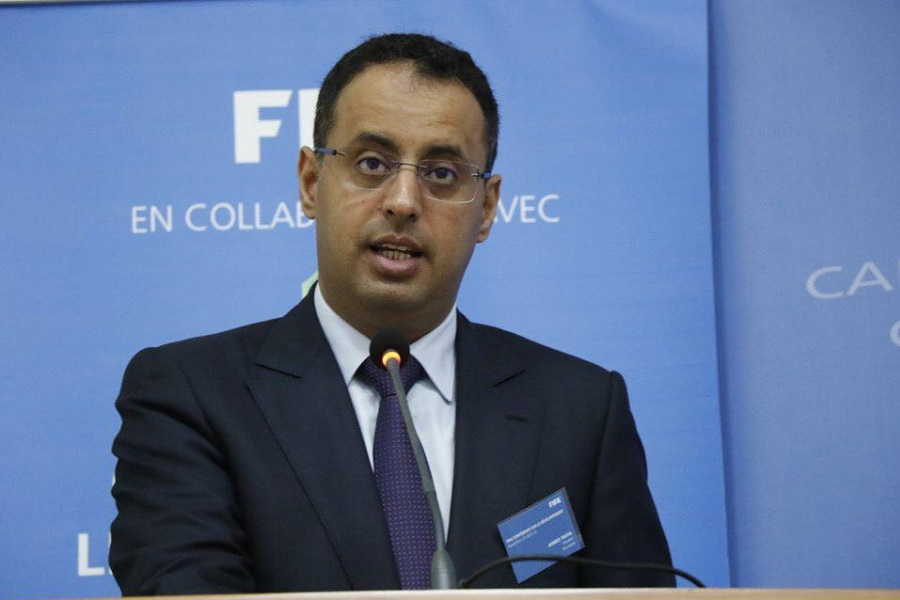 Ahmed Yaya candidata-se à presidência da CAF