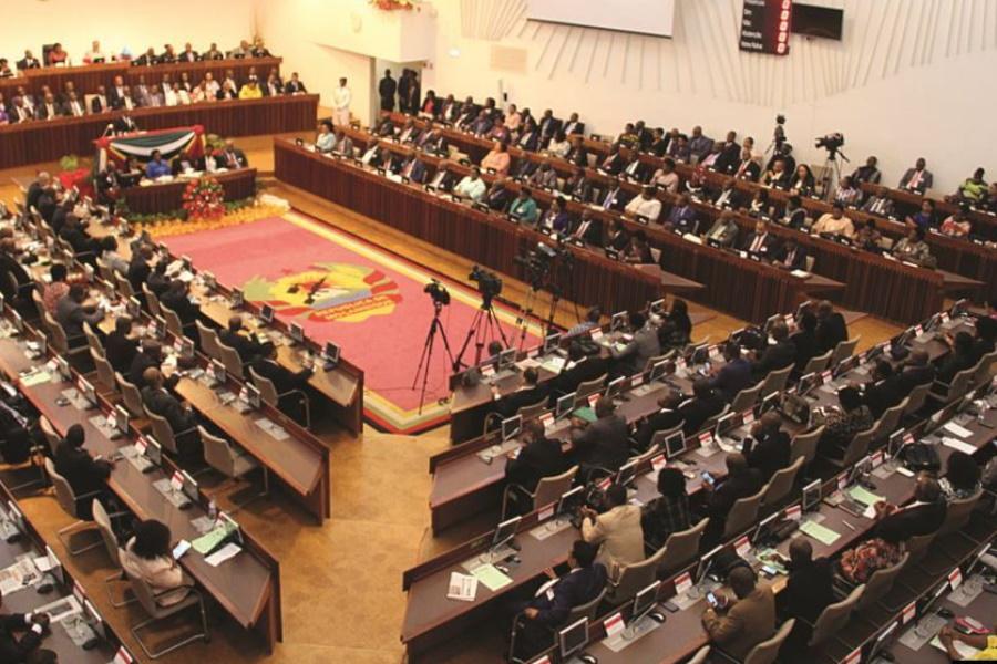 AR aprova orçamento rectificado, com aumento de verbas contra o terrorismo em Cabo Delgado e raptos