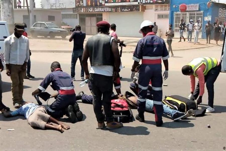 Protesto assinala a comemoração do dia da Independência de Angola