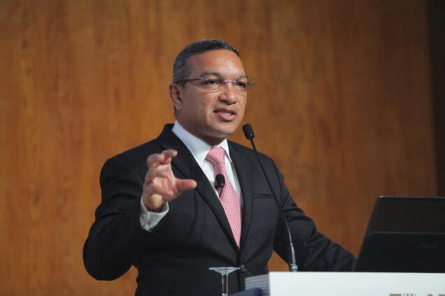 Empresário moçambicano Salimo Abdula distingue-se