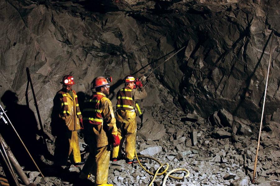 """""""Ex mineiros serão indemnizados na província de Gaza após contraíram doenças na África do Sul """""""