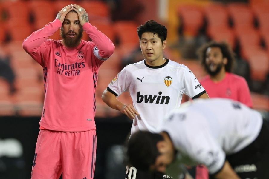 Real Madrid perde em Mestalla