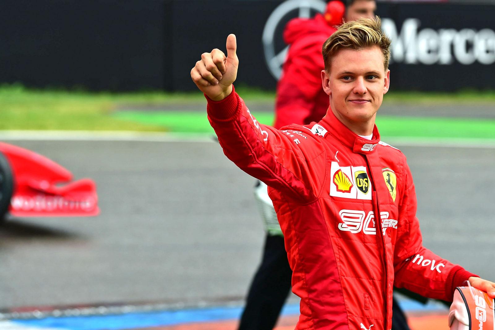 Filho de Michael Schumacher ascende à Fórmula 1 em 2021