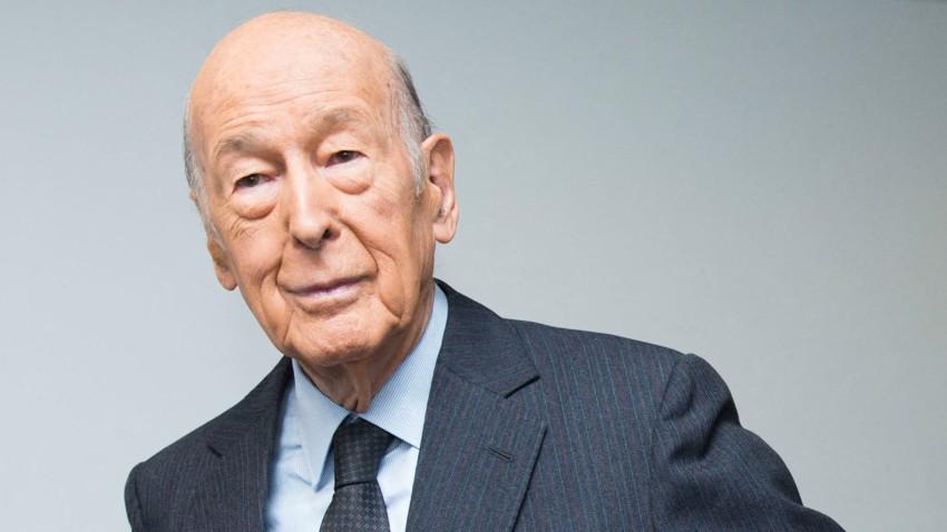 Antigo Presidente de França Valéry Giscard d'Estaing morreu