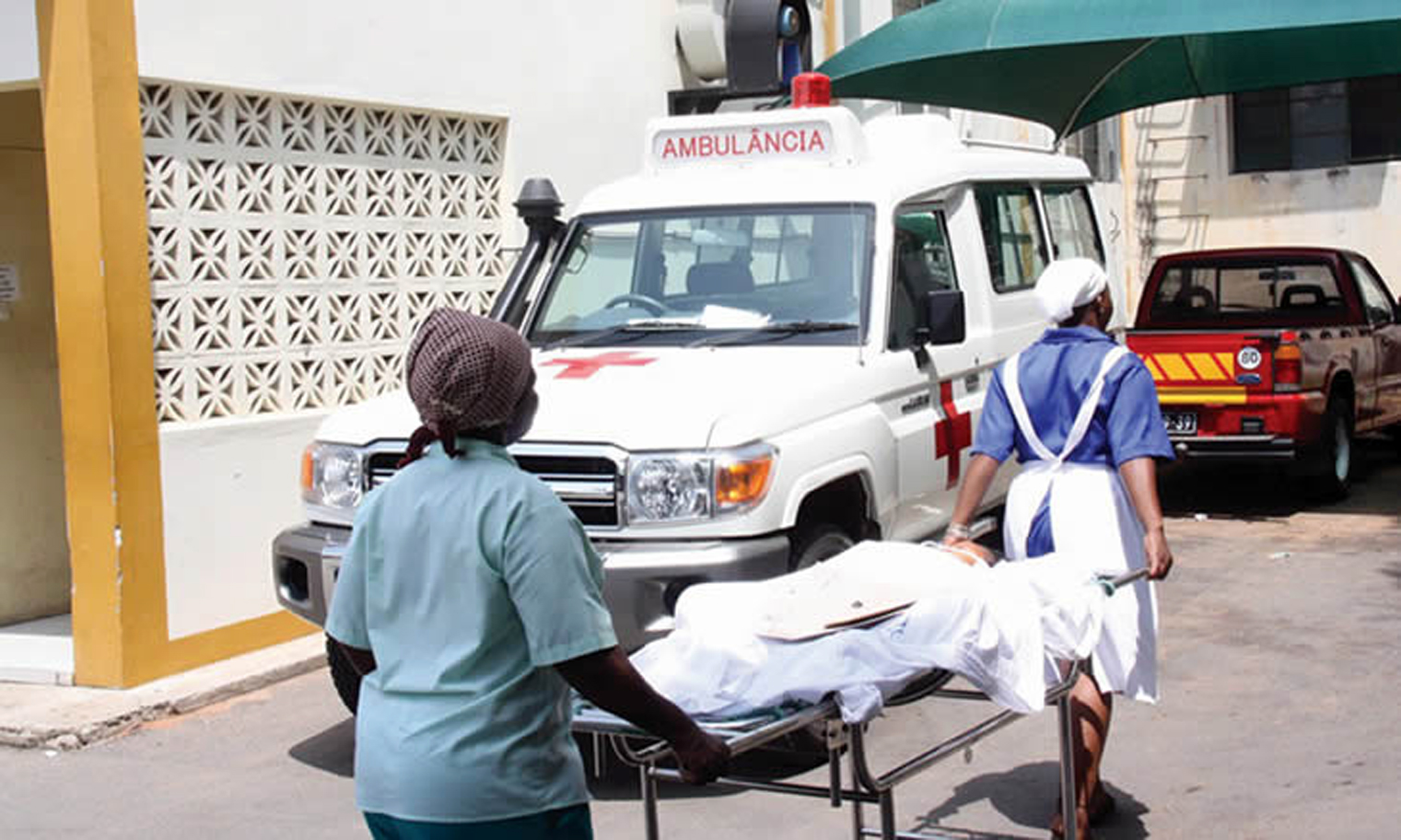Moçambique reforça Hospital Geral de Mavalane face à subida de internamentos