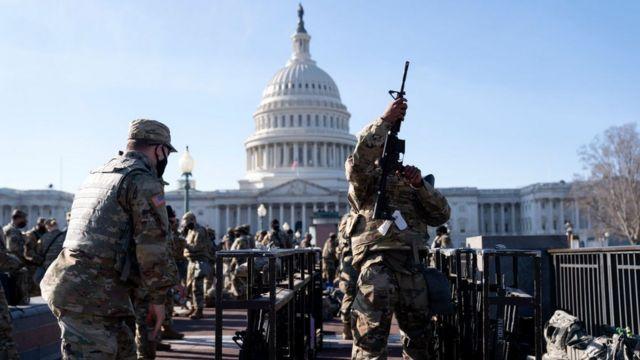 Washington, está estado de alerta máximo a 3 dias da investidura do democrata, Joe Biden.