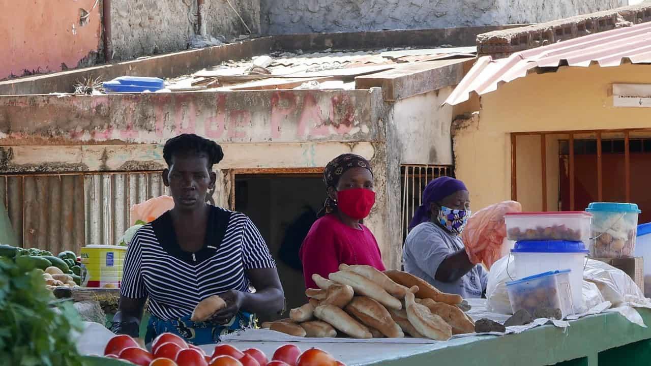 Governo moçambicano assegura devolução de produtos ilegalmente apreendidos pela polícia