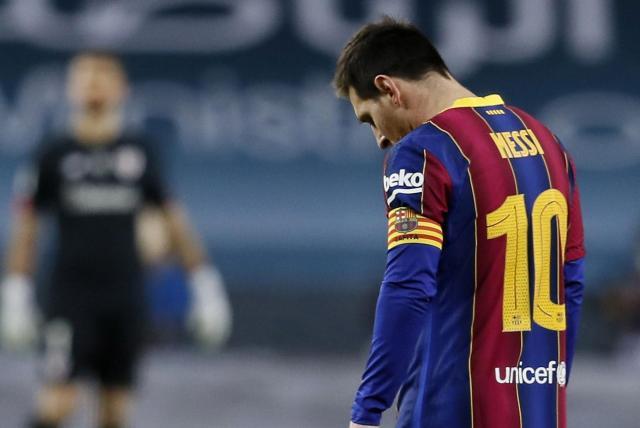 Messi perdeu a cabeça e foi expulso por agressão: veja o VÍDEO