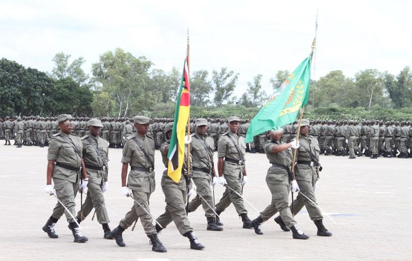 Mais de 300 agentes da polícia moçambicana expulsos da corporação em 2020
