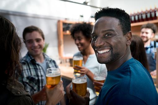 3 dicas para beber cerveja sem engordar