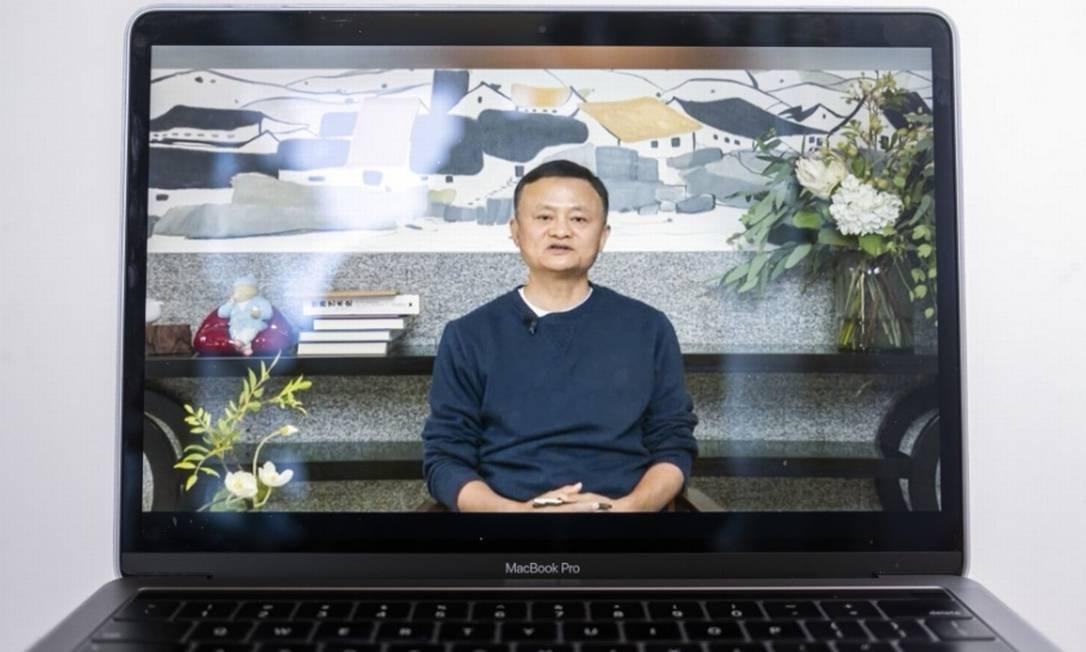 Jack Ma reaparece em vídeo