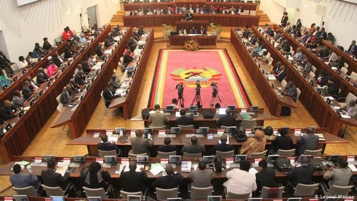 """Renamo pede aos """"financiadores"""" da Junta Militar para pararem apoio"""