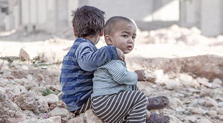 10 anos de guerra na Síria:  uma geração perdida