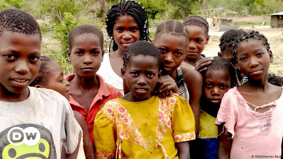 Crianças deslocadas em Cabo Delgado, a ajuda é desesperadamente necessária.