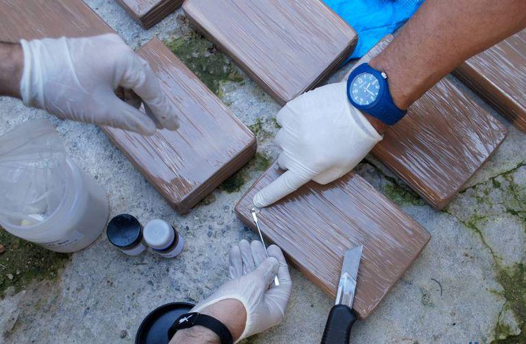 Polícia moçambicana faz apreensão milionária de heroína  numa residência em Quelimane