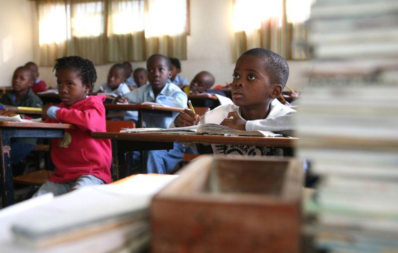 Filipe Nyusi pede prevenção ou aulas presenciais podem ser revertidas