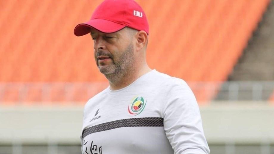 CAN 2021: Mexer e Zainadine nos convocados de Moçambique contra a vontade dos clubes